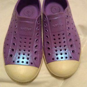 Girls Sparkle Purple Native Jefferson Shoes  C10